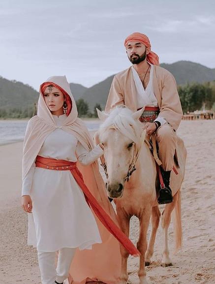 Foto Prewedding Hijab Romantis