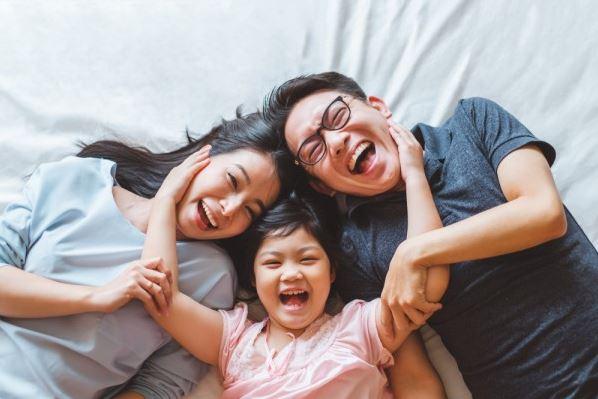 Inspirasi Foto Keluarga Bertiga
