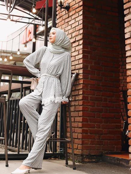 Tips Pose Model Hijab