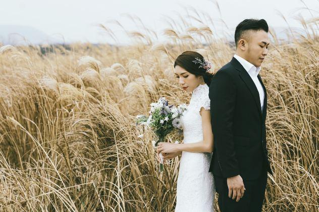 Baju Couple Prewedding Outdoor Casual