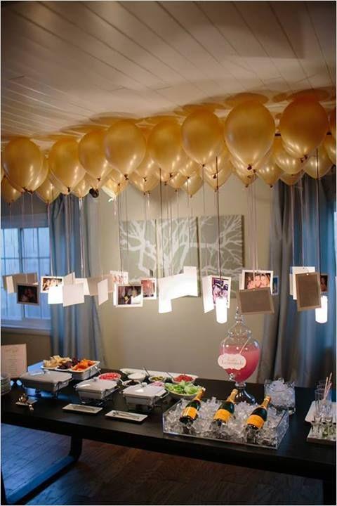 Balon Berwarna Emas Sangat Cocok Untuk Dekorasi Lamaran Pada Malam Hari