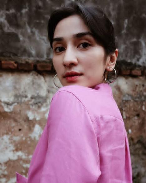 Daftar Presenter Wanita Cantik -Fanny Ghassani