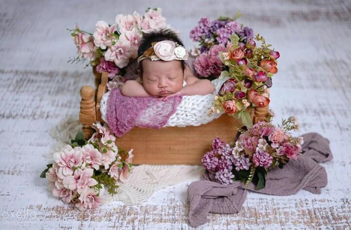 Foto Bayi Lucu Perempuan Baru Lahir