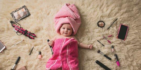 Foto Bayi Perempuan Lucu Dan Imut