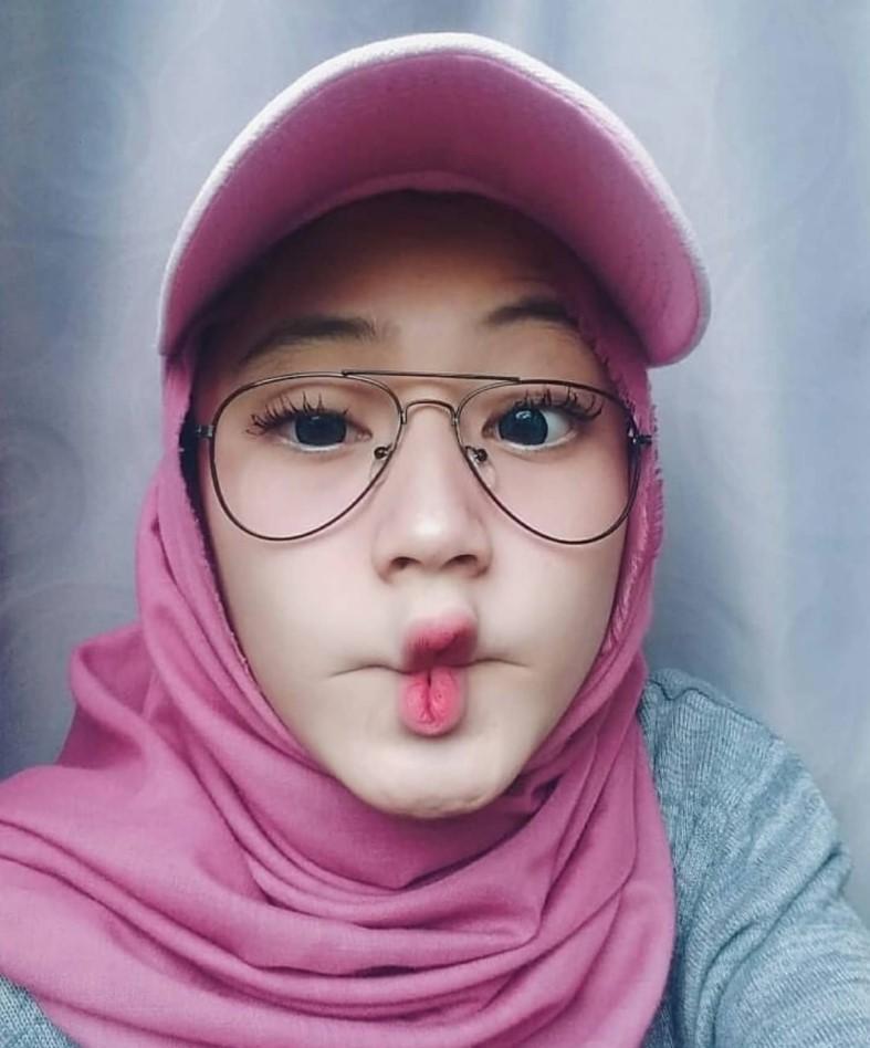 Gaya Selfie Hijab Kekinian