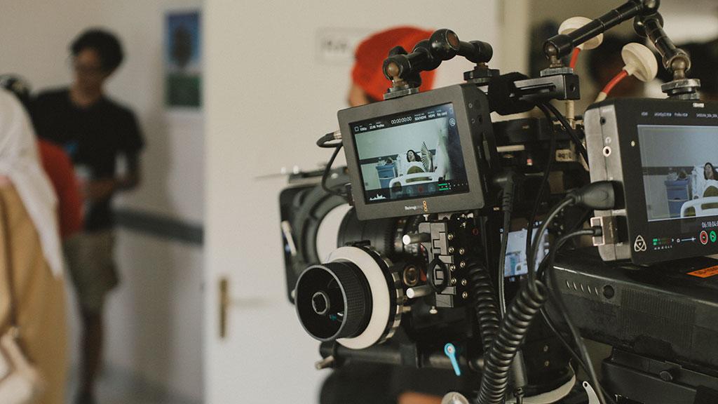 Jasacinematik video juga menjadi peluang usaha kreatif dengan omzet yang besar