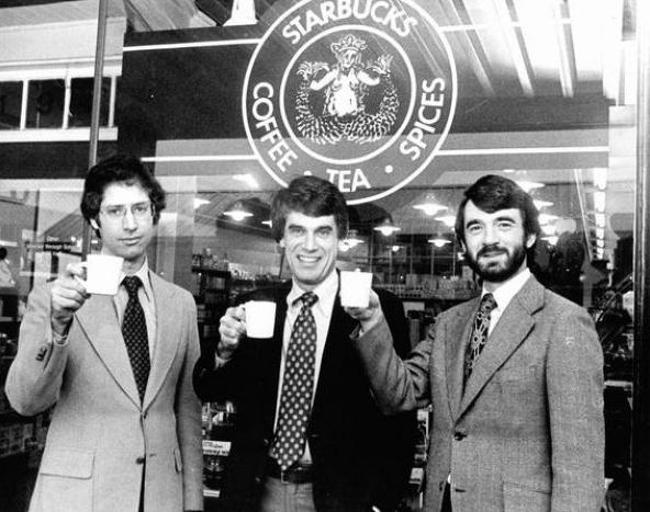 Jerry Baldwin, Zev Siegl, dan Gordon Bowker - Penemu Starbucks via kyluc.vn