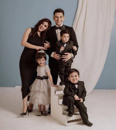 Konsep Foto Keluarga Formal