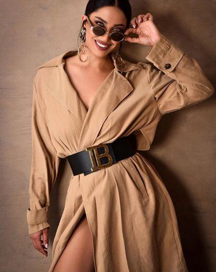 Menjadi model produk fashion bisnis populer 2019