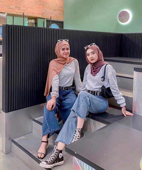 Ootd Bareng Sahabat Berdua Hijab