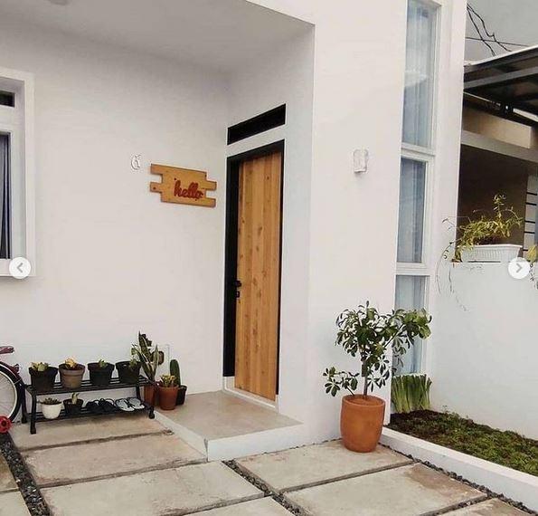 Pintu Masuk Rumah Minimalis