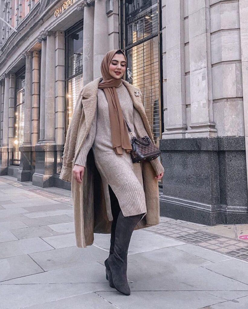 Pose Model Hijab