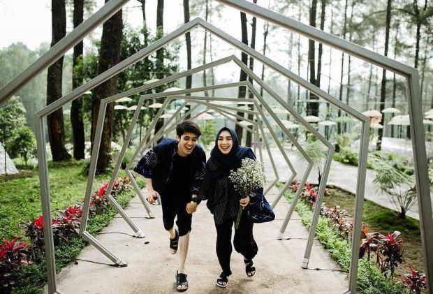 Prewed Outdoor Hijab