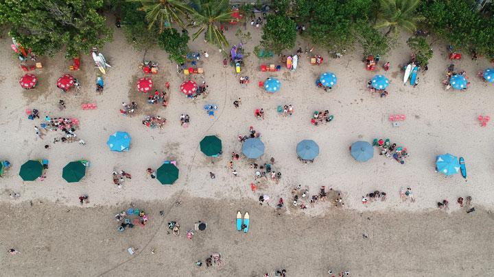 Resiko Wisatawan Memenuhi Tempat Wisata Bali
