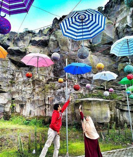 Spot Foto Dengan Atap Payung