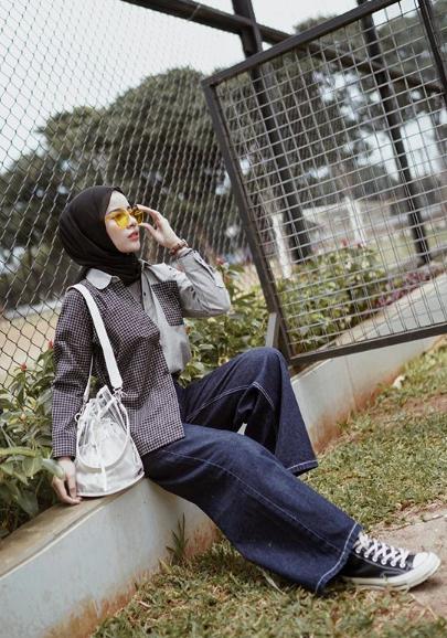 Stelan hijab ala mahasiswa semester 6 nih