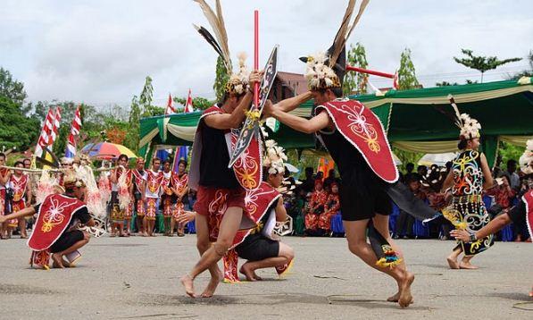 Tarian Asli Maluku