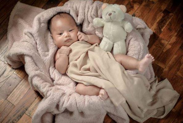 Punya bayi menggemaskan foto langsung ke Vanillablue Studio - Sumber Vanillablue Studio