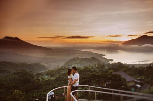 Foto prewedding di Gunung Putri Lembang