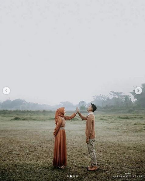 Prewedding Outdoor Simple